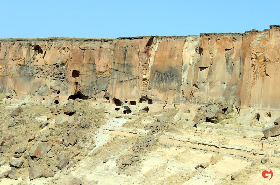 Ağrı gezilecek mağaralar
