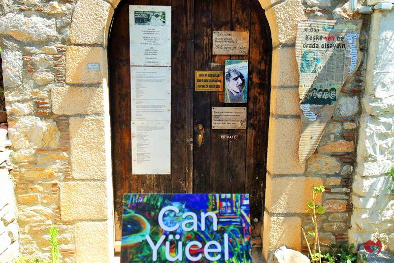 Can Yücel'in datça'da olan evi