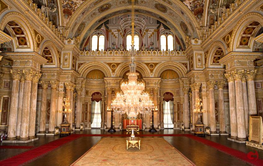 Dolmabahçe Sarayı, Muâyede Salonu
