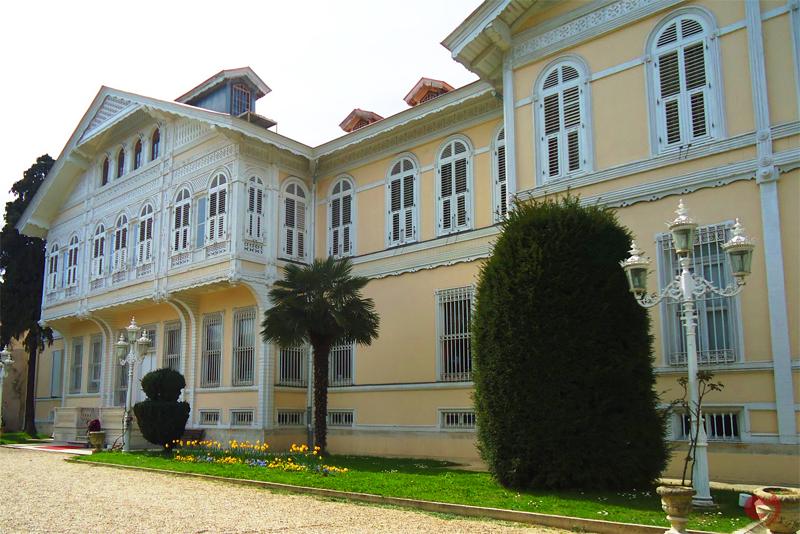 Şale Köşkü, Yıldız Sarayı