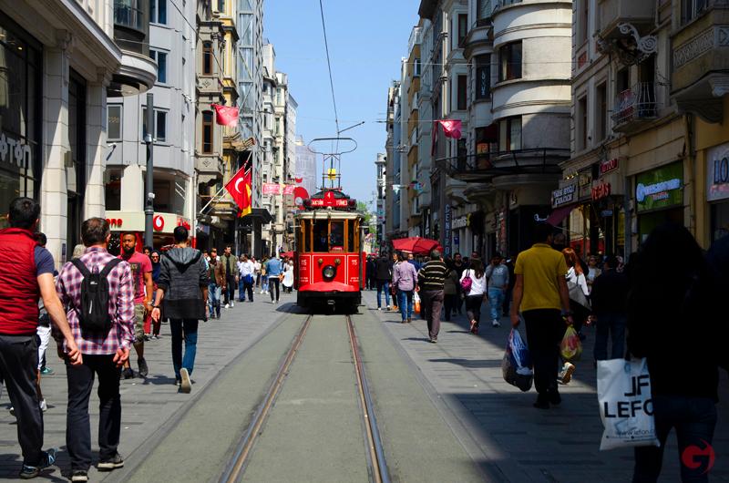 İstiklal Caddesi & Beyoğlu