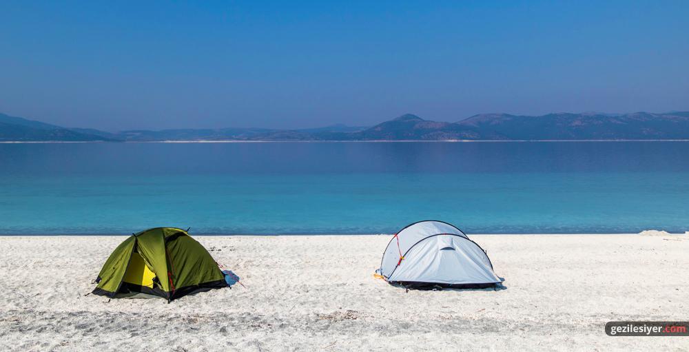 Salda Gölü Kamp Alanları