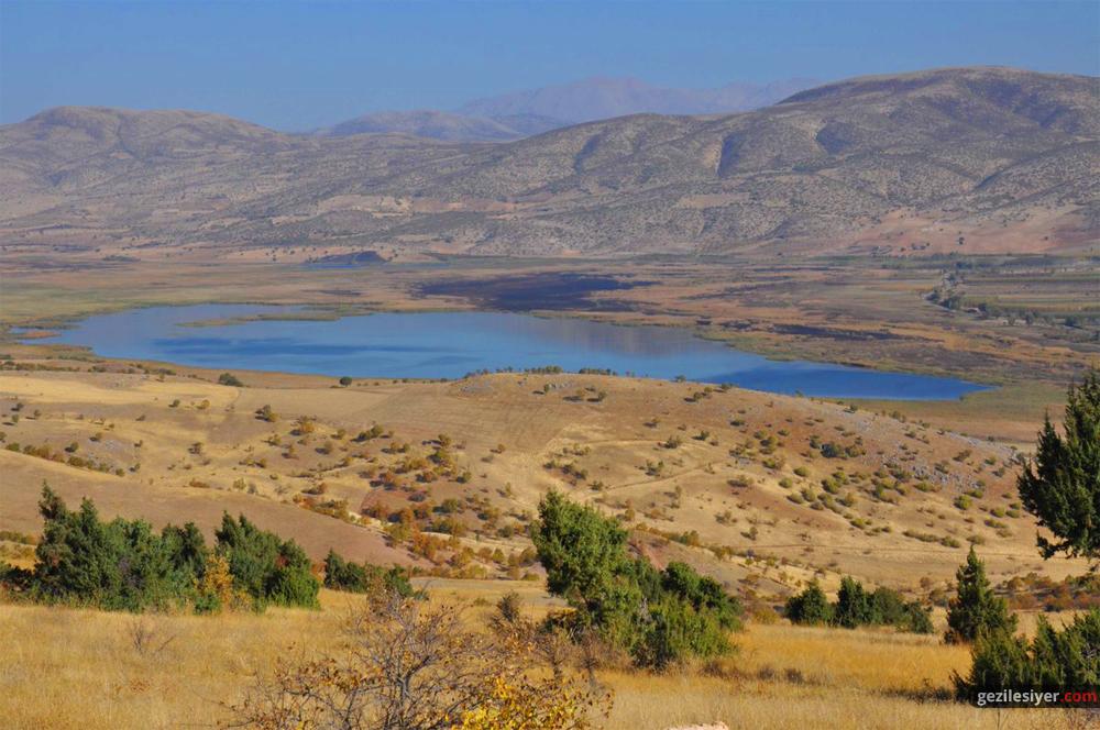 Azaplı Gölü